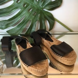 Vince leather ankle wrap espadrille sandals size 6